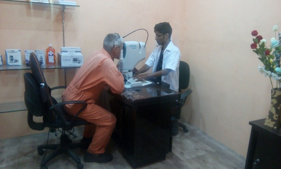 Seafarers Offered Free Eye Tests at Port of Kandla